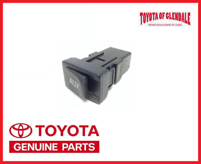 TOYOTA CAMERY ADAPTOR ASSY STEREO JACK AUX 86190-06010 OEM.