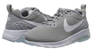 Nike Men's Air Max Motion Low Cross Trainer   Wolf Grey White   7 M US