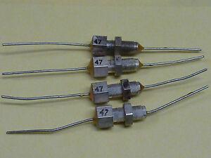 Durchfuehrungskondensatoren-47pF-NOS-4-Stueck
