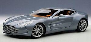 1:18 Autoart Aston Martin One-77 ( Villa D'récente Bleu) 2009