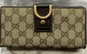 Gucci-Long-Wallet-GG-Pattern-Canvas-Leather