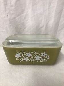 Pyrex Spring Blossom Refrigerator Dish #502 with Lid
