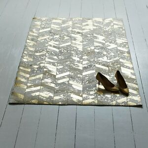 Bunkar-Handmade-Leather-Cowhide-Rug-039-Metallic-Gold-039-Chevron