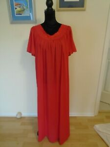 SHADOWLINE-Size-3X-Preowned-Red-Nylon-Nightgown
