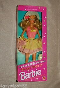 PICNIC PRETTY 1992 Limited Edition 3808 BARBIE Doll blonde