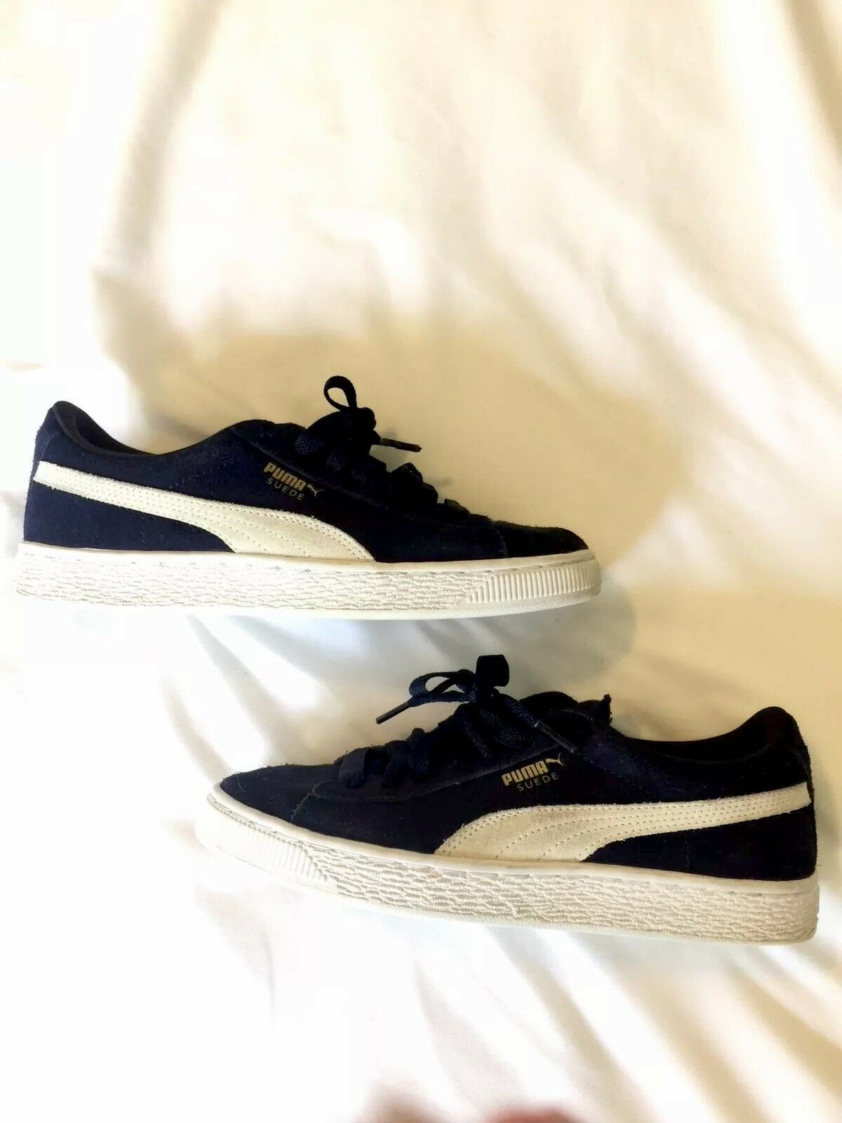 PUMA SUEDE CLASSIC NAVY PEACOAT/WHITE MEN'S US SIZE 6.5 Comfortable and good-looking