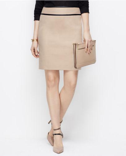 Ann Taylor - Size 6 Beige Faux Leather Trim Pencil Cotton Blend Skirt  79 (H)
