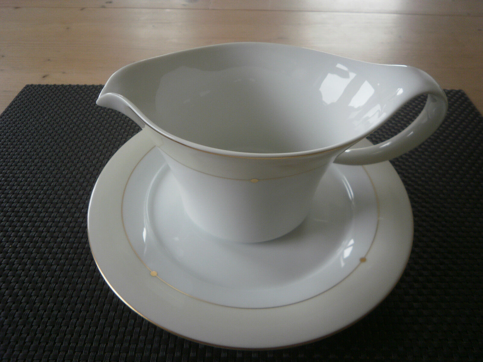 Saucière avec corps Jade tampere 3642 royal tettau porcelaine service NEUF