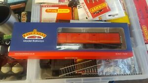 OO-Gauge-Bachmann-39-760-BR-Mk1-POT-Stowage-Van-Royal-Mail-Letters-Coach-boxed
