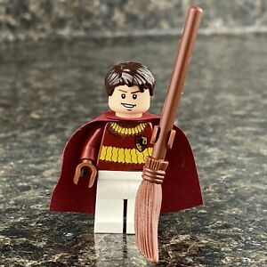 Lego Oliver Wood Minifigure w/ Broom from Harry Potter Set 4737 Quidditch  D13 | eBay