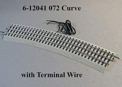 LIONEL FASTRACK STANDARD 031 CURVES  CONNECTION WIRE INCLUDED 6-37103 8 8 t