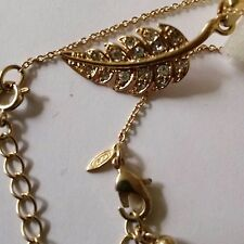 VINTAGE SIGNED AVON FAUX GOLD AND DIAMOND LEAF ADJUSTABLE NECKLACE WITH GIFT BOX