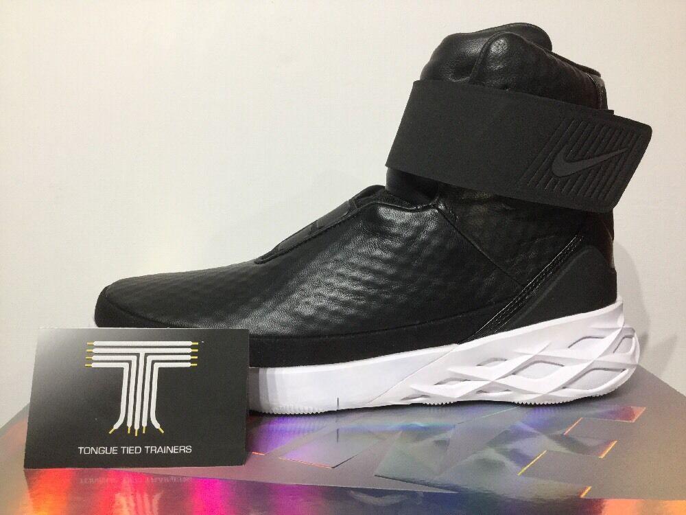 Nike Swoosh Hunter ~ 832820 001 ~ U.K. Size 9