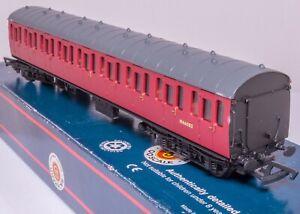 Bachmann-34-600-OO-Gauge-BR-Mark-1-Suburban-coach-BR-crimson