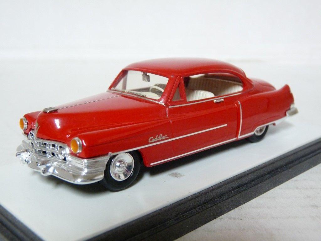 Elegancia 109 1 43 1950 Cadillac Series 62 Coupe Deville Resina Coche Modelo hecho a mano