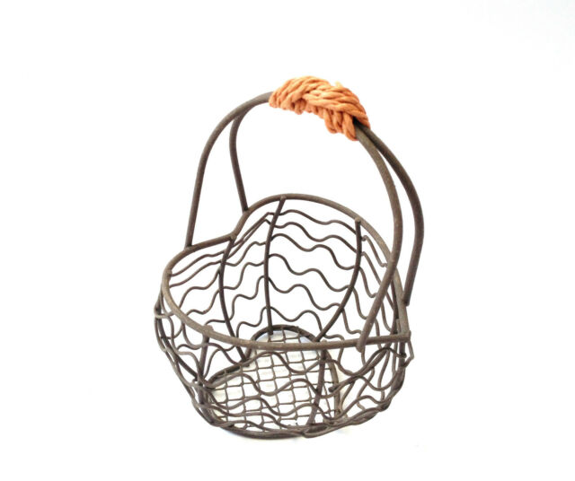 Mini Wire Basket Small Christmas Gift Shabby Vintage Wedding Favour 5 Designs
