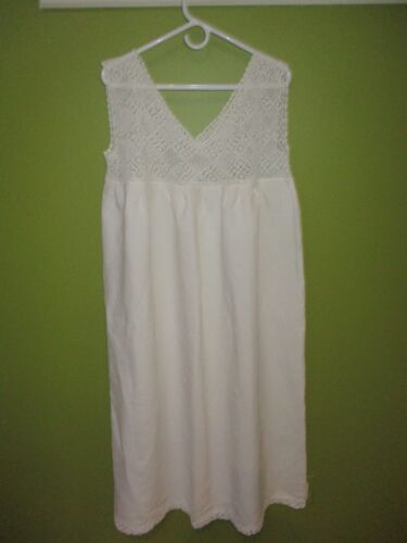 Linen & Vintage Crochet Women's Nightgown