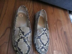 TOD-039-S-LADIES-GENUINE-PYTHON-SNAKE-SKIN-PENNY-LOAFERS-NATURAL-SZ-5-GUC