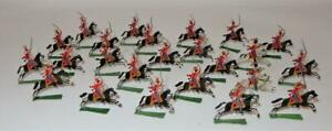 Vintage-Lot-of-24-Painted-Flat-Tin-Soldiers-on-Horse-Cavalry-War-2-1-4-034