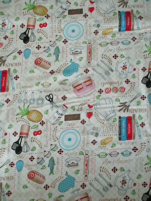 Red Black Blue White Adorable 1950/'s Style Cotton Fabric Per 1//2 YD