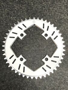 Snap BMX Products SR 104mm 4 bolt Chainring - 45t White