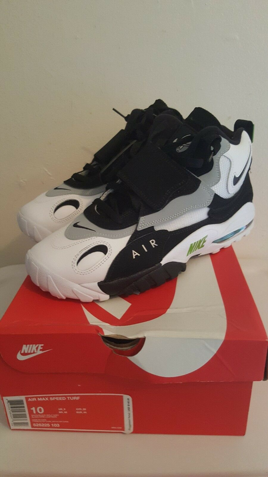 VNDS Mens Nike Air Max Speed Turf size 10