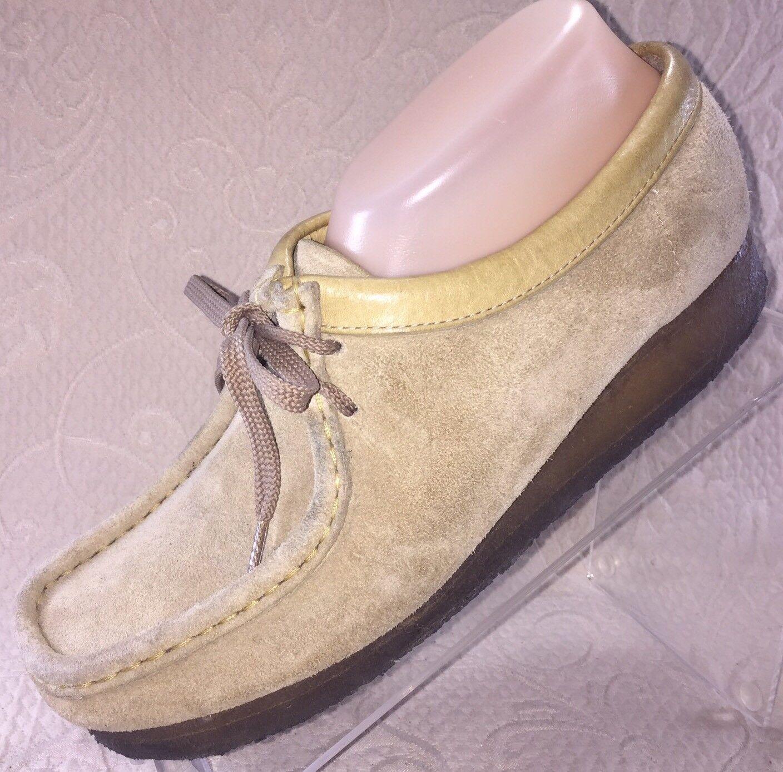 CLARKS Wallabees Women 8.5 Chukka Boot Maple Tan Suede Crepe Sole Shoe 5