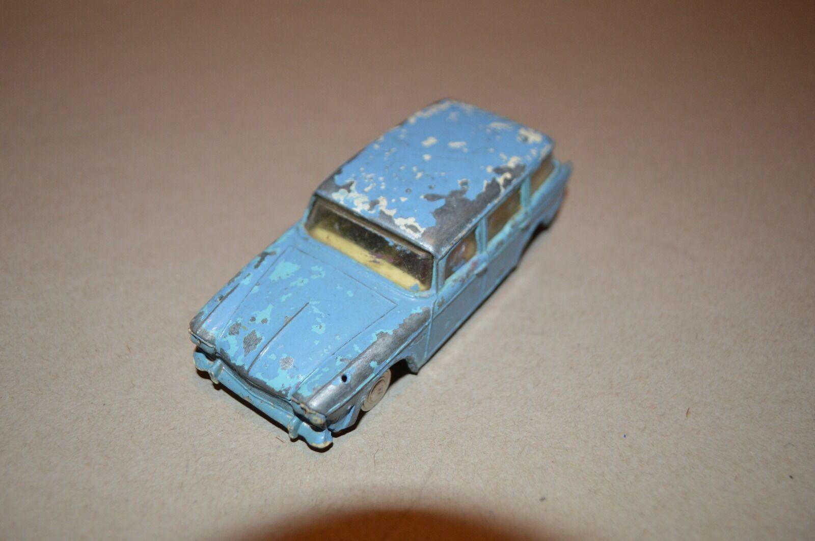 VINTAGE ,SPOT- ON MODELS BY TRI-ANG HUMBER SUPER SNIPE ESTATE CAR.