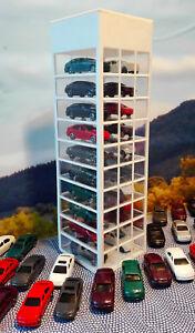 Autoturm-Fertigmodell-Spur-N-1-160-Diorama-Autohaus