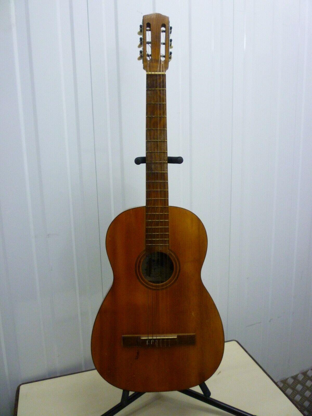 Guitarra clásica antigua Izabal Barcelona 1950's