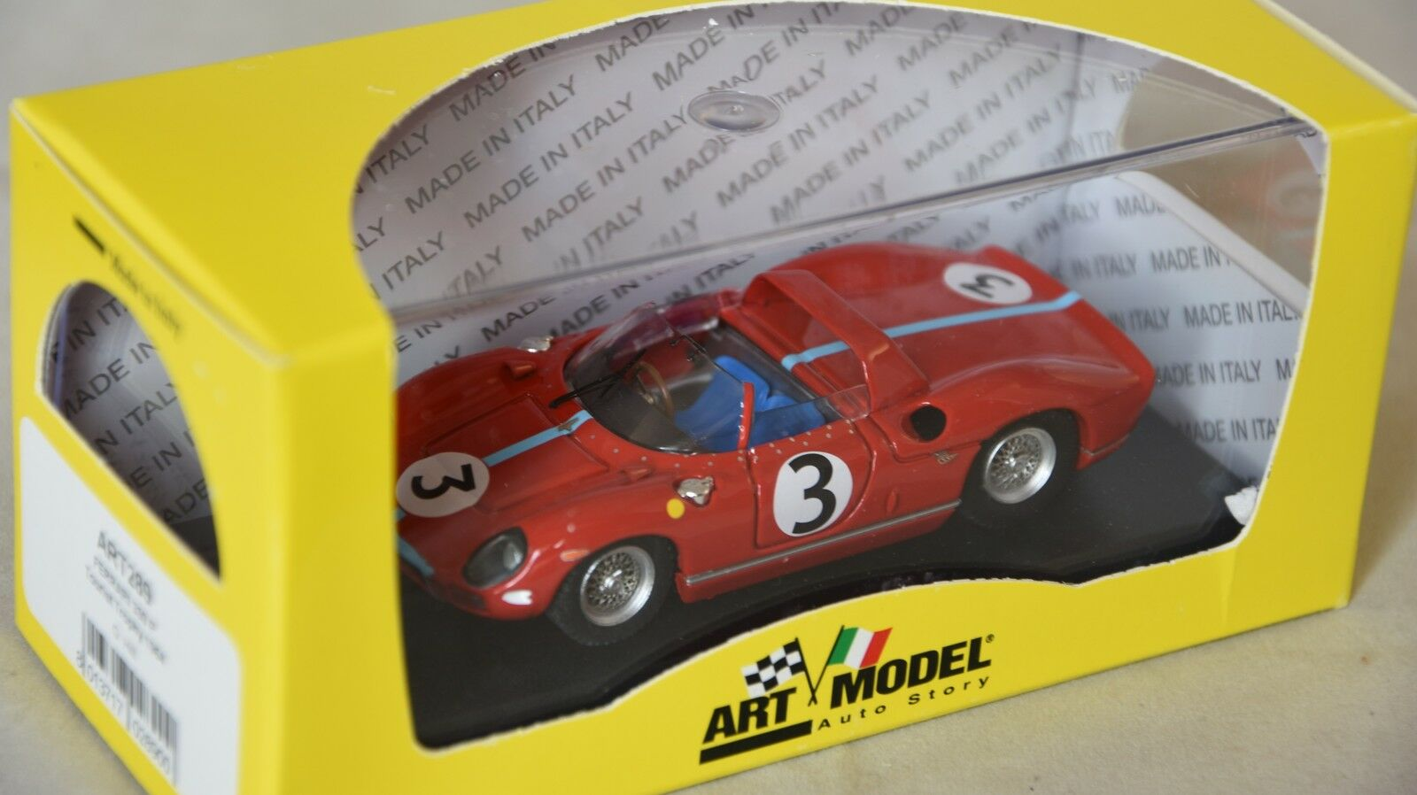 Art MODEL 289 - Ferrari 330 P  3 1er Tourist Trophy - 1964 Hill  1 43