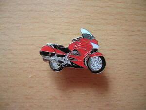 Pin-Badges-Honda-Pan-European-1300-Model-2010-Red-Motorcycle-Art-1121