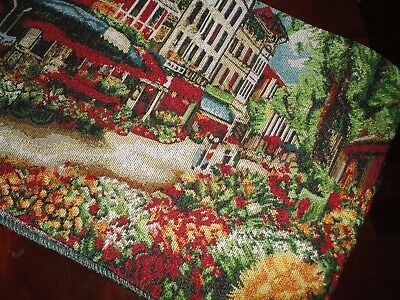 NATCO PICTORIAL TAPESTRY TUSCAN VILLAGE STREET RED GREEN FLORAL TABLE RUNNER
