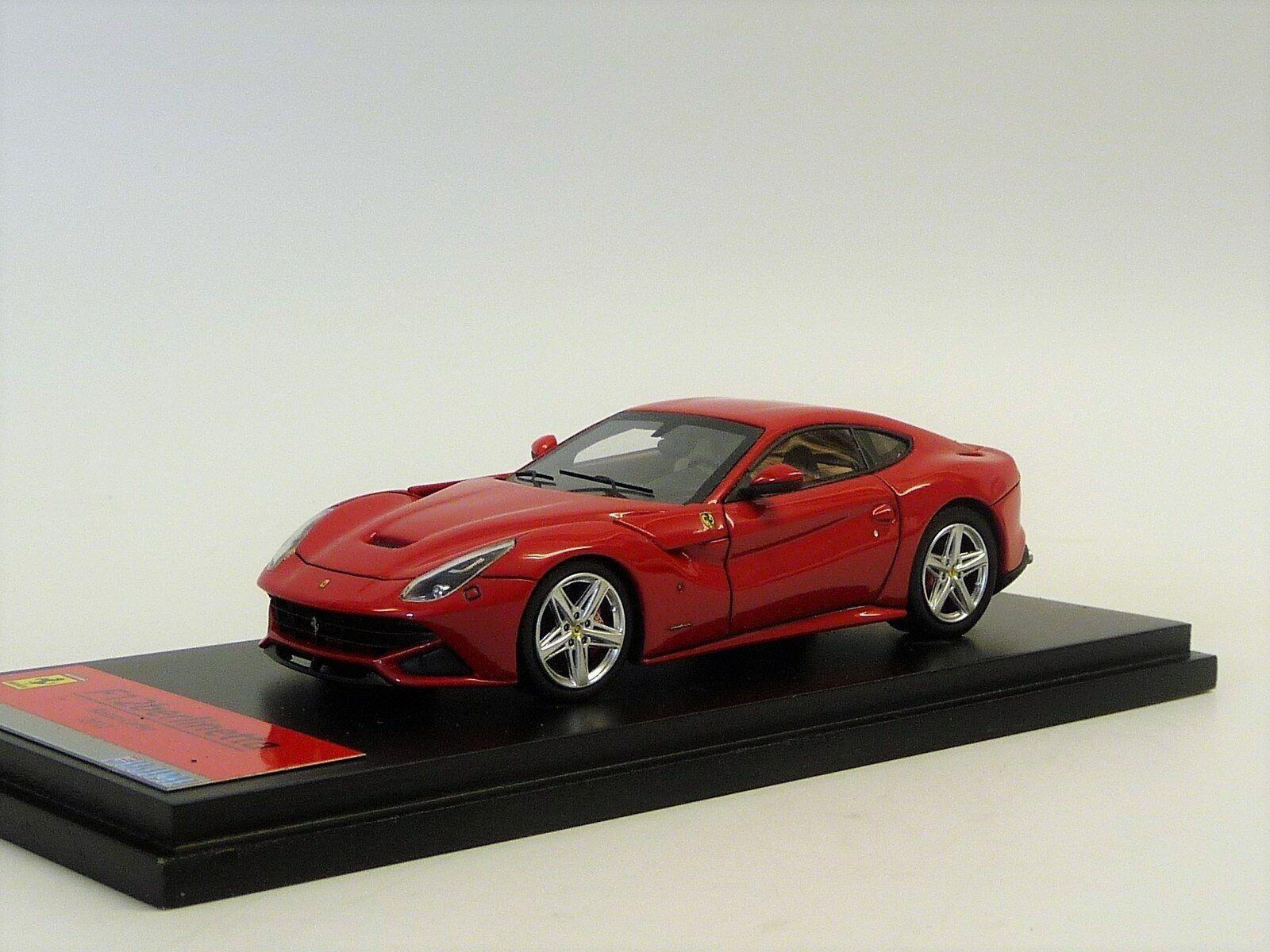 Ferrari F12 Berlinetta 2012 rot Fujimi FJM1343012 Neuwertig in OVP 1 43