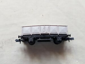 A Model Railway Long Covered Wagon In N Gauge By Arnold Unboxed éLéGant Et Gracieux