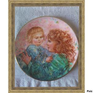 ROYAL-DOULTON-assiette-de-Collection-21-CM-EDNA-HIBEL-signee-KATHLEEN-AND-CHILD