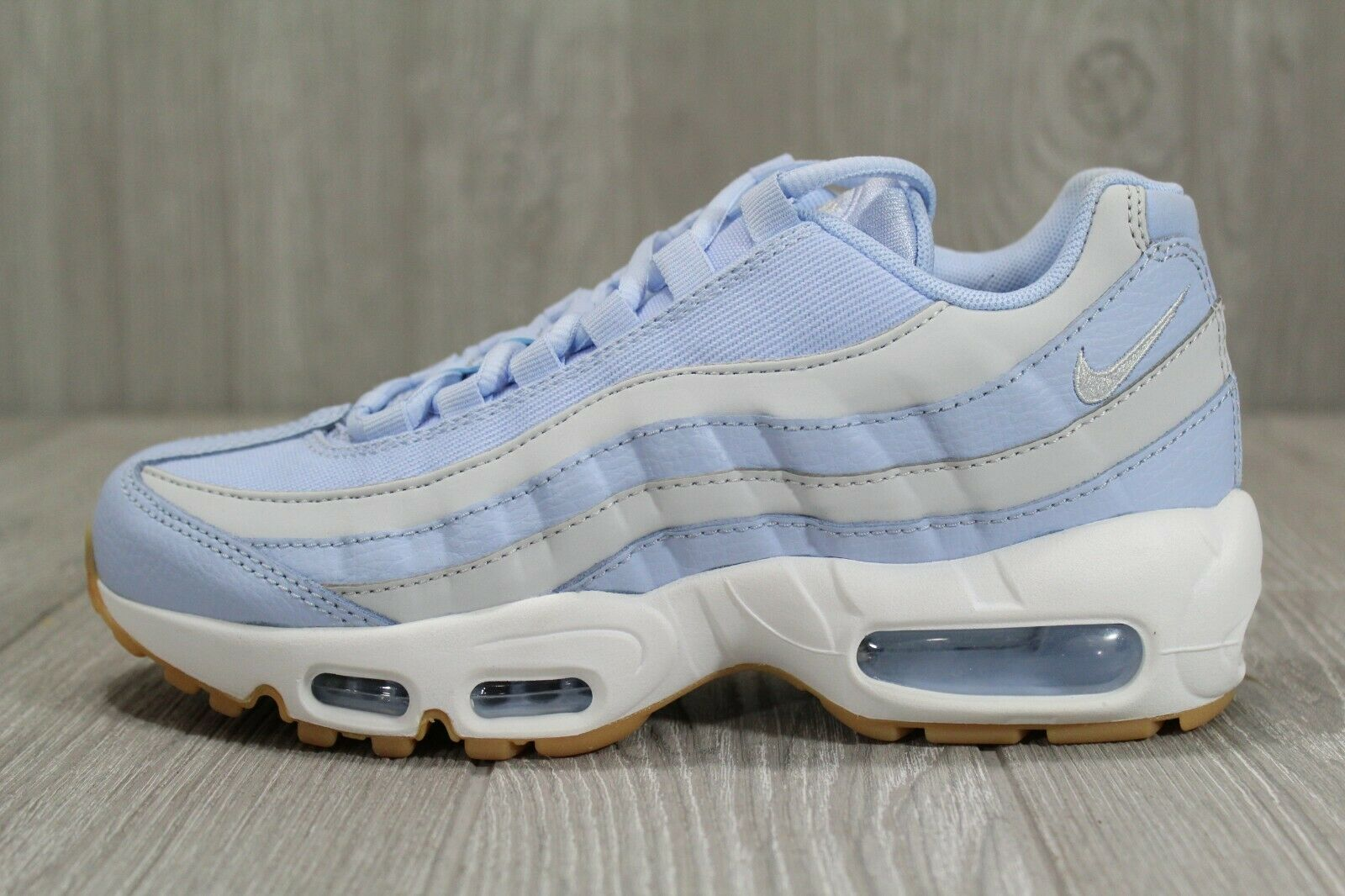 39 New Womens Nike Air Max 95 OG bluee Tint Gum shoes Size 6.5 307960 403