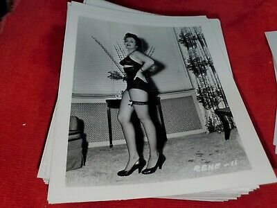 4 X 5 ORIGINAL PIN UP PHOTO FROM IRVING KLAW ARCHIVES OF MODEL L LYRLES #11