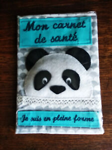 Protege-carnet-de-sante-034-Je-suis-en-pleine-forme-034-decor-panda-fait-main-neuf