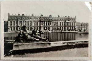 Vintage-Postcard-Versailles-The-Palace-the-facade-on-the-Park-France-RPPC
