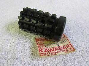 NOS OEM Kawasaki F5 Big Horn F6 F7 F8 Bison F81M F9 Foot Rest Peg Rubber