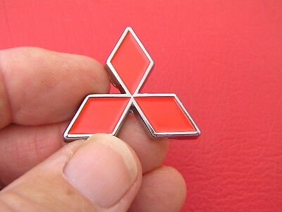 "MITSUBISHI SMALL BLACK METAL DIAMOND 35mm BADGE 1 3//8/"" Emblem ~ Lancer"