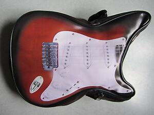 Sac-bandouliere-forme-Guitare-Fender-Sunburst