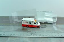Busch 41832 Ford e-350 Wyoming Medical Center ambulance Biche-pression h0, 1:87