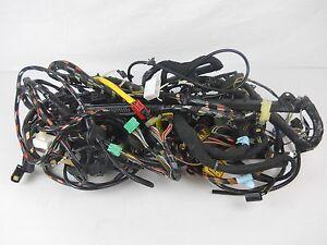 land rover range rover p38 engine wiring harness oem ymc132170 ebay rh ebay com range rover p38 wiring diagram pdf range rover p38 stereo wiring diagram