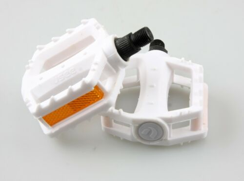 """Youth Bicycle Pedals Kids Sized Bike Pedals with 1//2/"""" Spindle"""