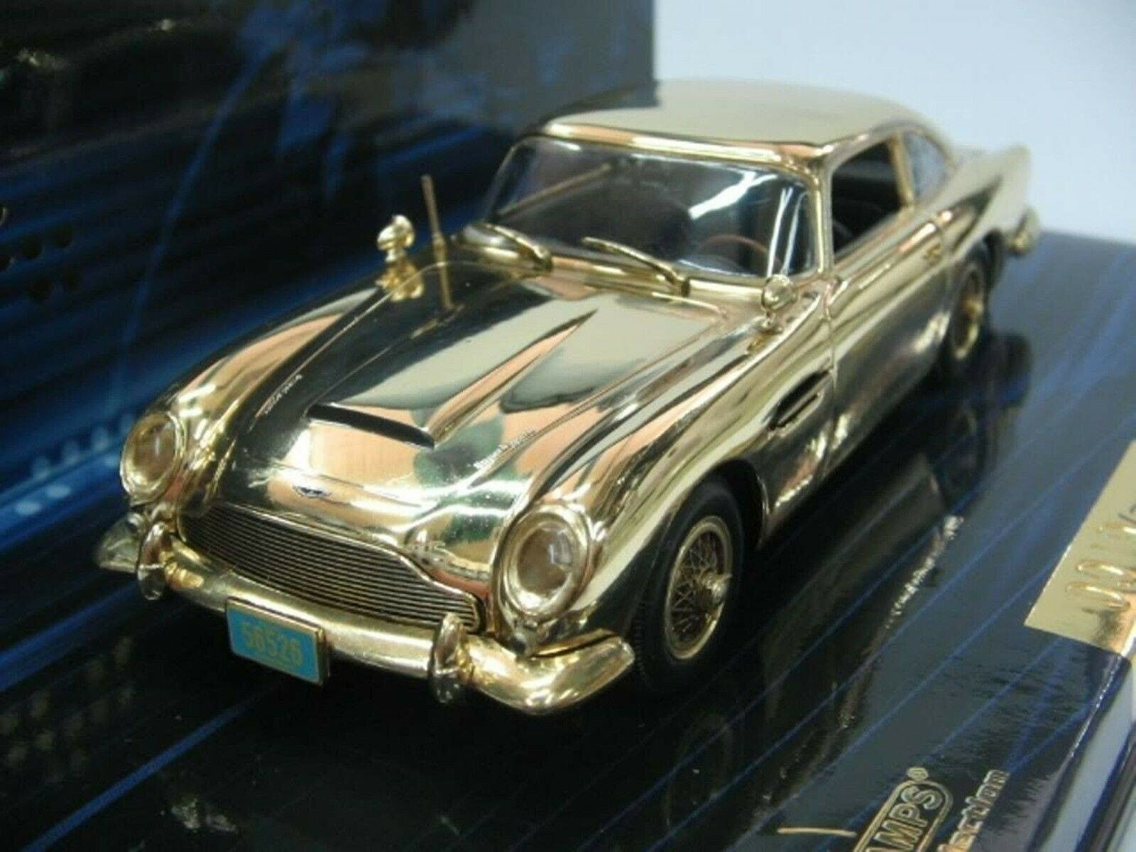 WOW EXTREMELY RARE Aston Martin DB5 gold J Bond Casino Royale 1 43 Minichamps