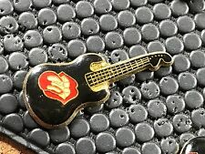 pins pin BADGE MUSIQUE MUSIC GUITARE ROLLING STONES