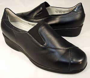 sale retailer 72fb2 a13e3 Details zu Sonderangebot Waldläufer Schuhe Slipper Damen Leder Weite K  schwarz Neu 126/3