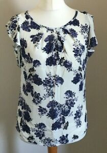Billie-amp-Blossom-Size-10-Ladies-Cream-Blouse-Top-With-Purple-Floral-Print